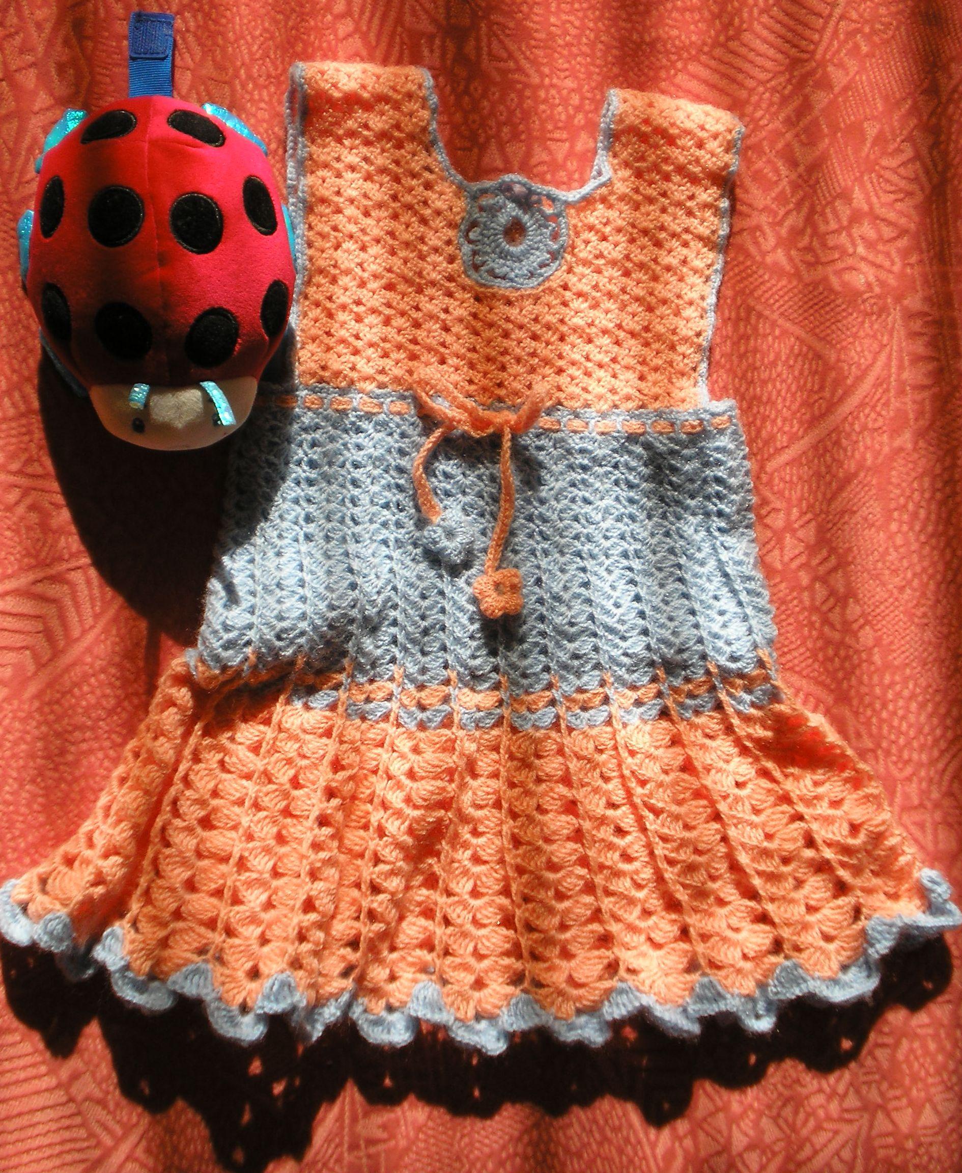Нарядный качественный сарафан для девочки. костюм для мальчиков