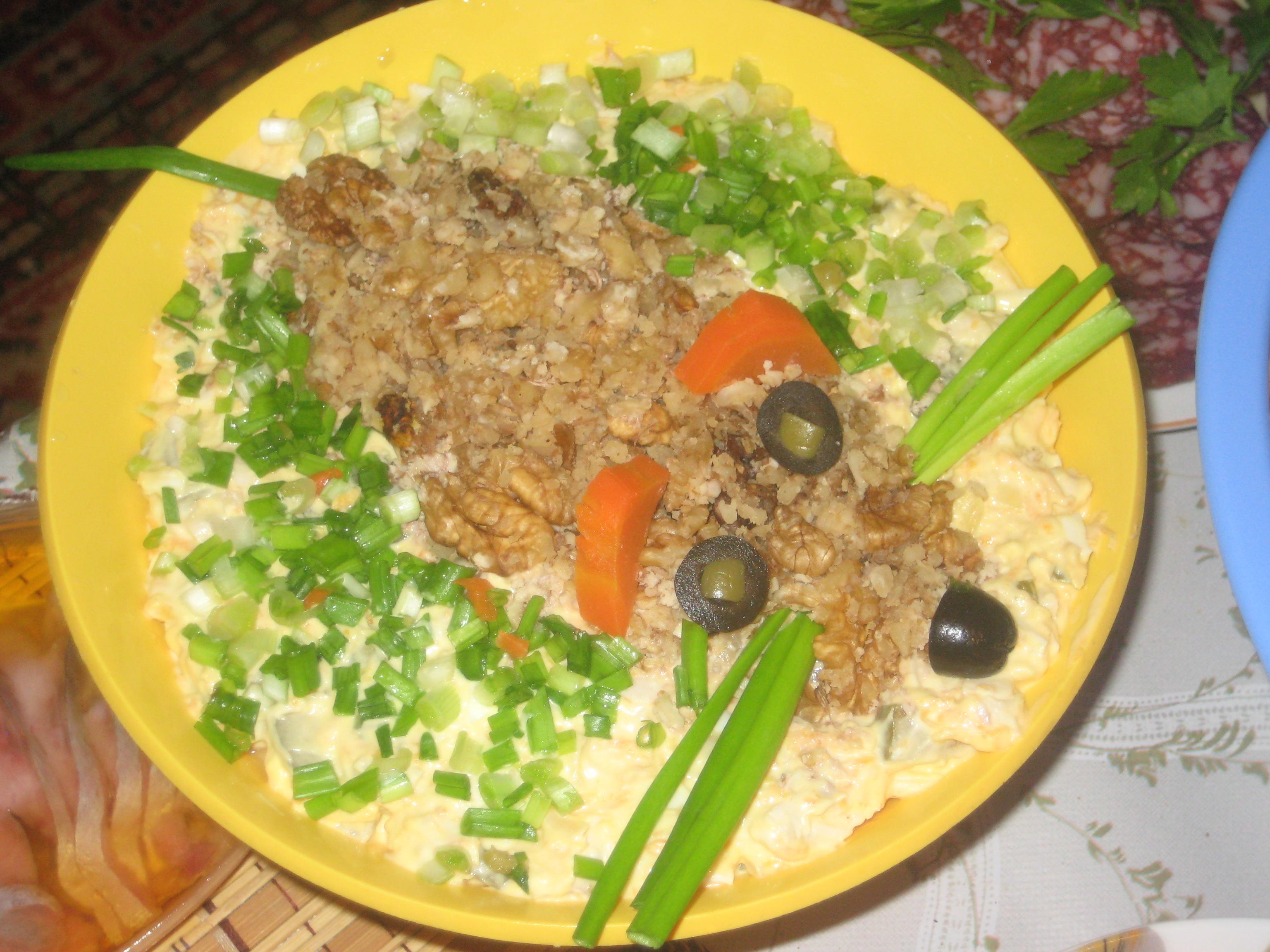 Салат обжорка с грибами рецепт пошагово